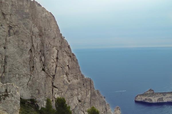 Grandes voies escalade calanques Marseille cours particuliers