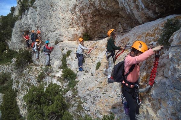 Stage multi-activité via cordata au Mont Gaussier à St Rémy de Provence